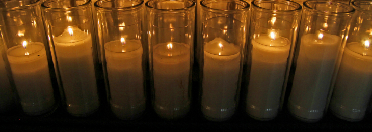 Prayer candles web banner
